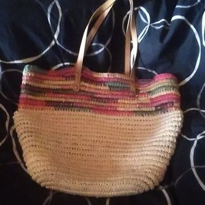 "Handbags - Beautiful leather strap ""basket weave"" bag."